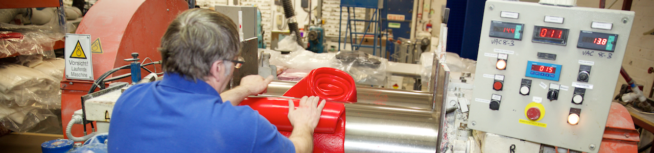 Rolling silicone rubber out to make silicone rubber extrusions